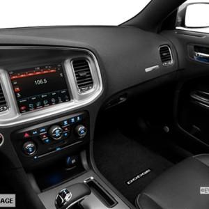 2014 Dodge Charger SXT Sedan Interior 4