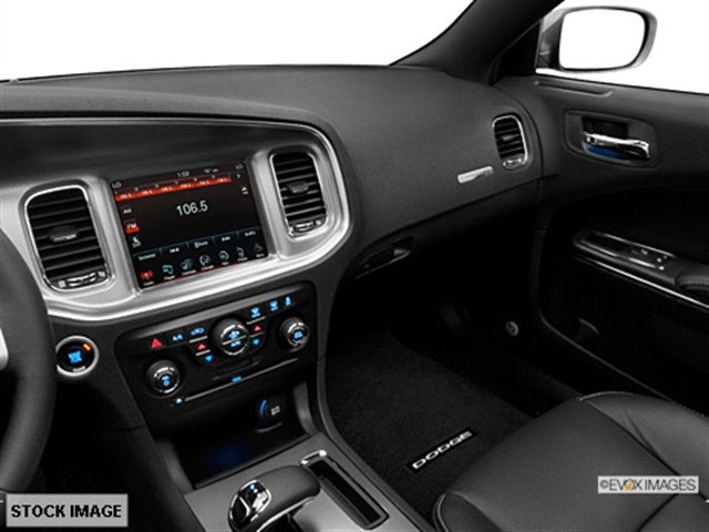 2014 dodge charger sxt sedan interior 4 - Dodge Charger 2014 Interior
