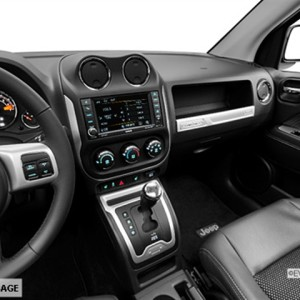 2014 Jeep Compass Latitude 4×4 SUV Interior 3