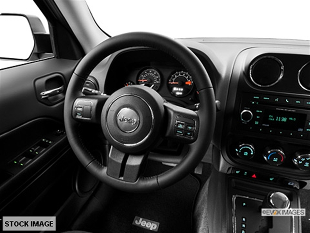 ... 2014 Jeep Patriot Latitude 4x4 SUV