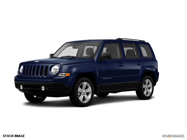 2014 jeep patriot latitude 4 4 suv pictures to pin on pinterest. Cars Review. Best American Auto & Cars Review